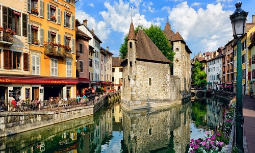 RESERVATION TAXI A ANNECY